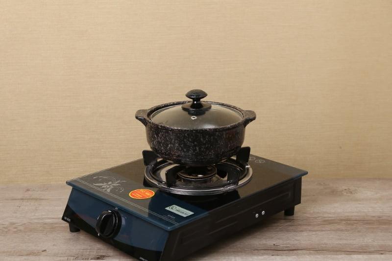 Nồi đất nấu bếp gas vân đá nắp kính màu đen